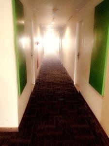 Lorong Hotel yang cerah