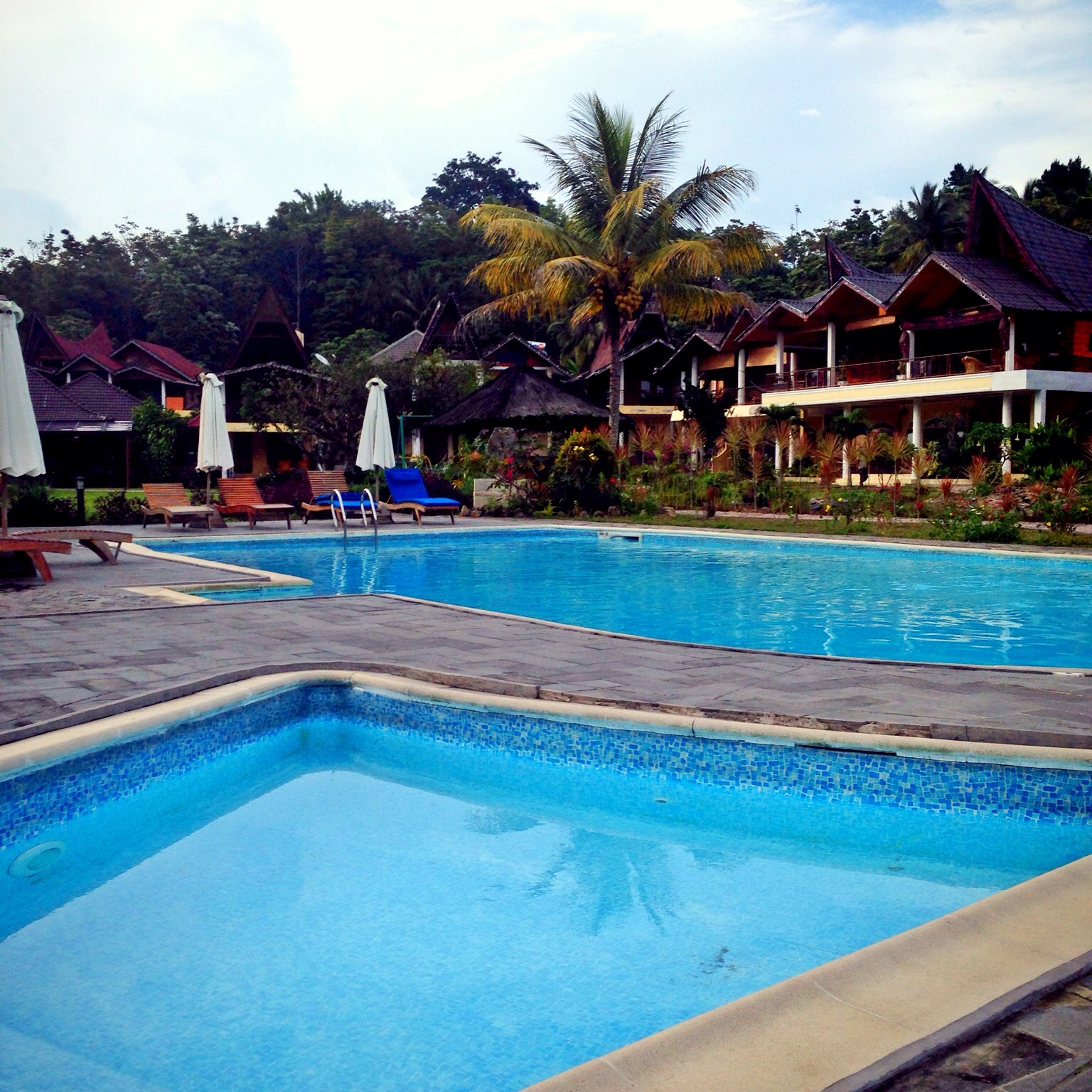 Tabo Cottages Pool
