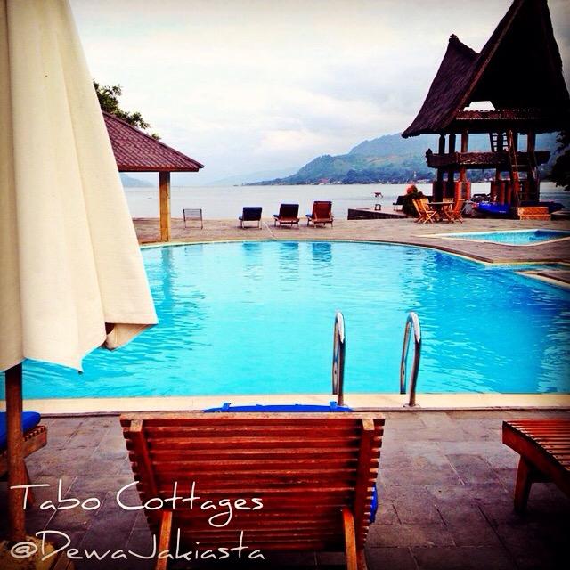 Toba, Samosir, Hotels